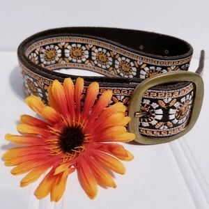 Lucky Brand Floral With Border Belt Size S